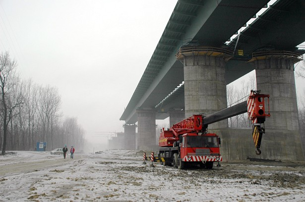 Dunaujvaros bridge #1