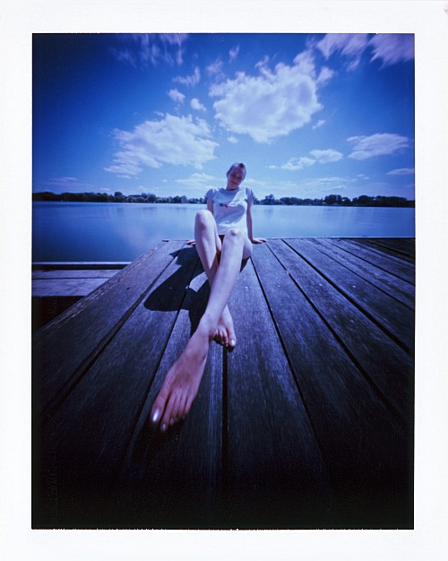 Long legs || Zeroimage 4x5 with Fuji PA-145 holder | F/138 | Fuji FP-100C