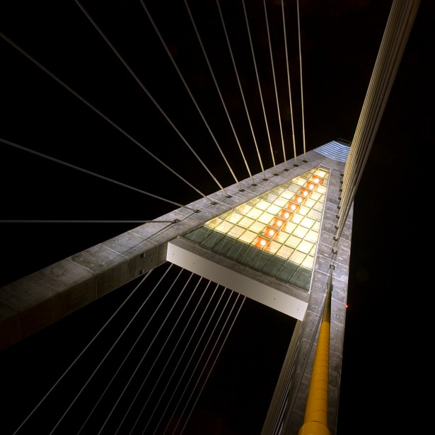 Megyeri bridge revisited #2 || Nikon D70 | Nikon VR 18-200mm@18mm | 5 sec | F/20 | ISO 200
