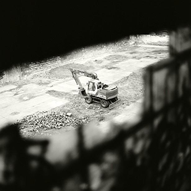 No mercy || Bronica SQ-A | Zenzanon-S 80mm f/2.8 | Kodak BW400CN