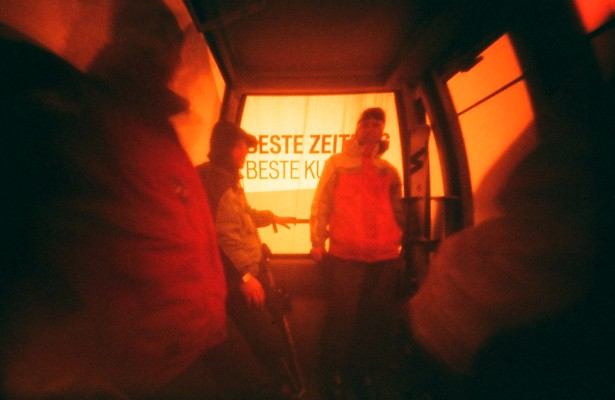 Beste Zeit || Vivitar Ultra Wide & Slim (modified to redscale pinhole) | Fuji X-Tra 400