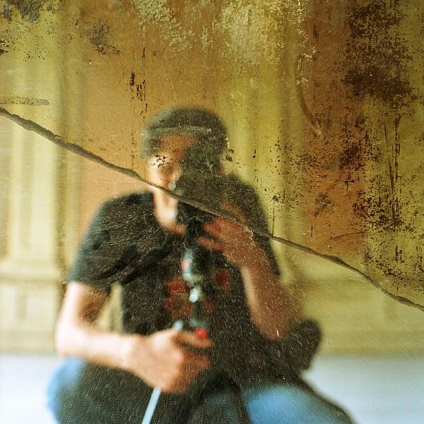 Broken mirror #2 || Bronica SQ-A | Zenzanon-S 80mm f/2.8 | Kodak Ektar 100