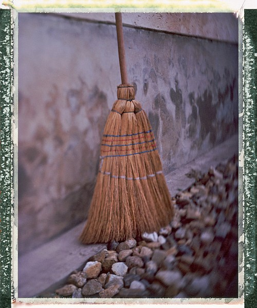 Our new broom || Graflex Speed Graphic with Fuji PA-145 holder | Kodak Ektar 127mm | Fuji FP-100C