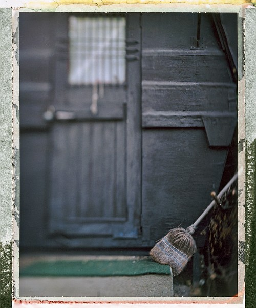 Another broom || Graflex Speed Graphic with Fuji PA-145 holder | Kodak Ektar 127mm | Fuji FP-100C