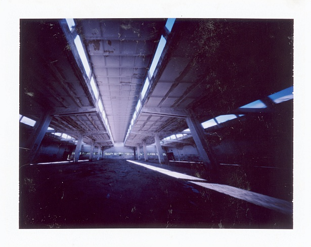 Empty spaces || Zeroimage 4x5 with Fuji PA-145 holder | F/138 | Fuji FP-100C (expired)
