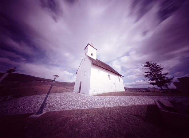 Small church, big sky || Zeroimage 4x5 | F/138 | Fuji NLP 160 (expired)