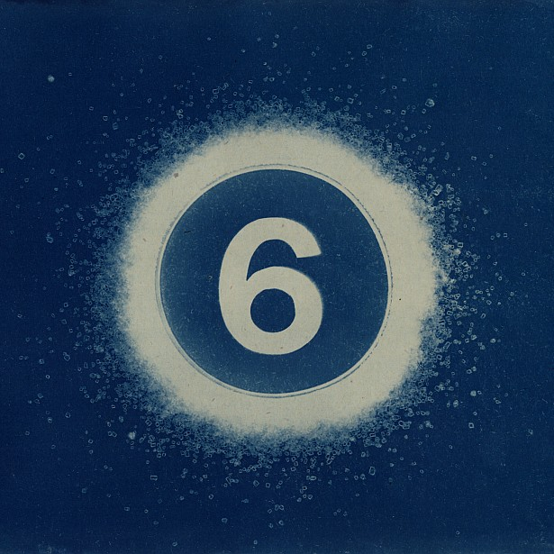 6 years of photoblogging || Cyanotype photogram