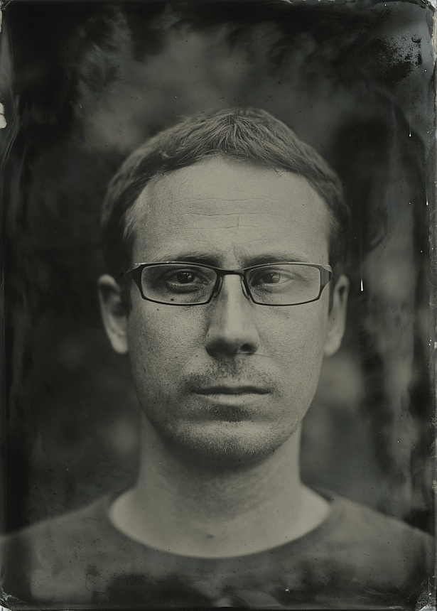 Yan || VDS Camera | Carl Zeiss Tessar 4,5/300mm | Wet plate collodion on 13x18cm aluminium plate